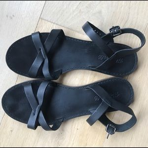 Madewell black sandals Size 9.5